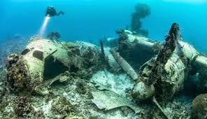 Inilah Fakta Menarik Makam di Bawah laut Pertama di Dunia http://obbzs-web.blogspot.co.id/2016/10/inilah-fakta-menarik-makam-di-bawah-laut-Pertama-di-Dunia.html