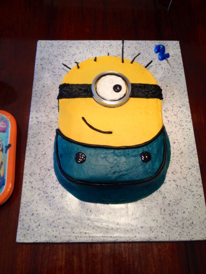 Minion Sheet Cake Recipe Sheet cakes Despicable me and Betty