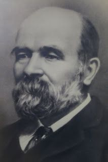 Alexander Morton (1844-1923) a contemporary of William Morris and a luminary of the Arts and Crafts movement established a factory at Killybeg in 1898 first as Alexander Morton and Co. making hand-made carpets. The business later changed its name to Donegal Carpets.