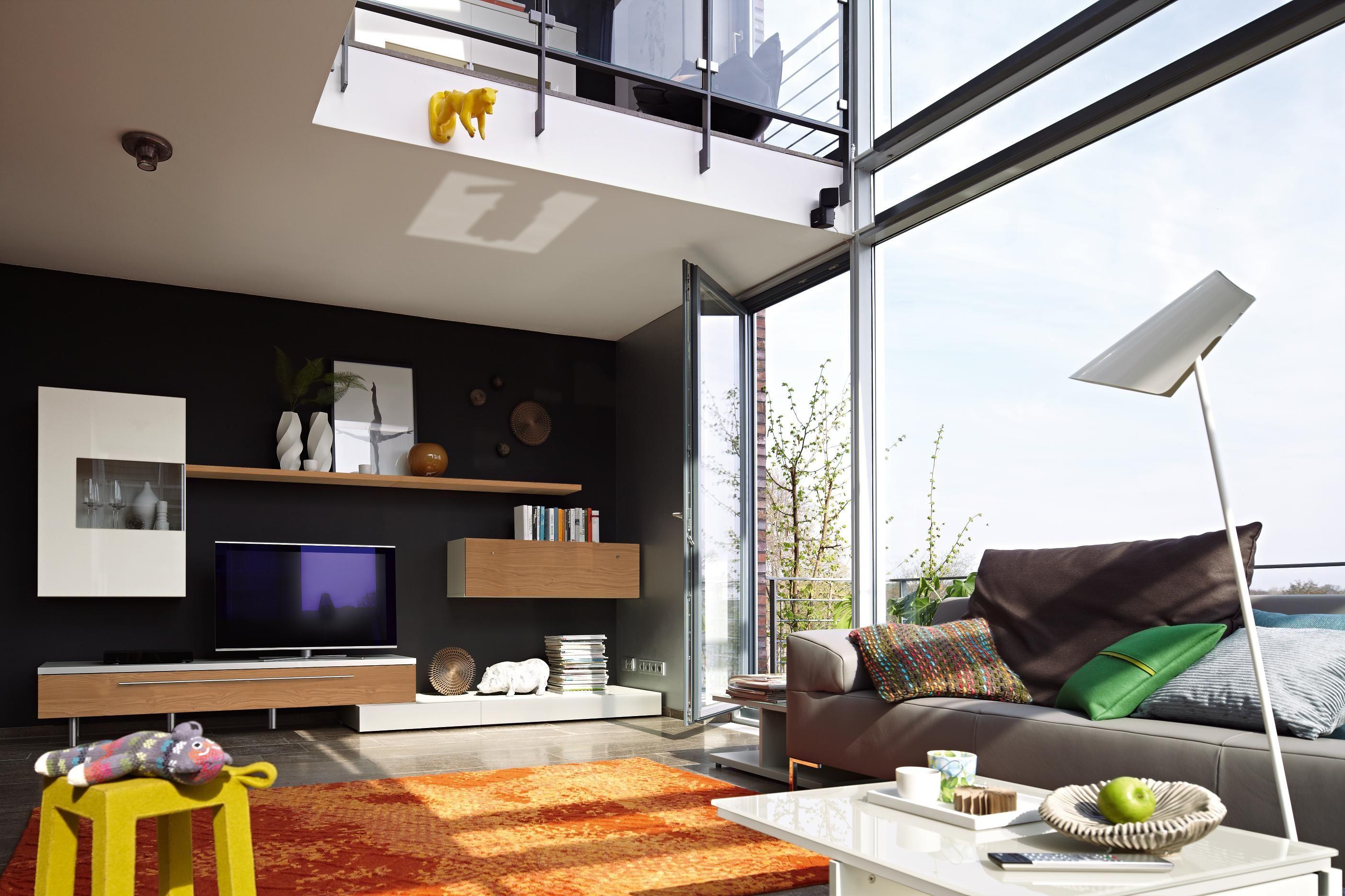wohnwand in grau nussbaumfarben wohnw nde pinterest m bel wohnzimmer wohnzimmer und wohnen. Black Bedroom Furniture Sets. Home Design Ideas