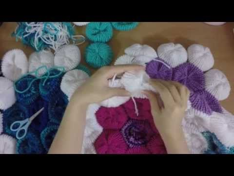 How to Make the Hexagon Flower Afghan on your Addi Express ...