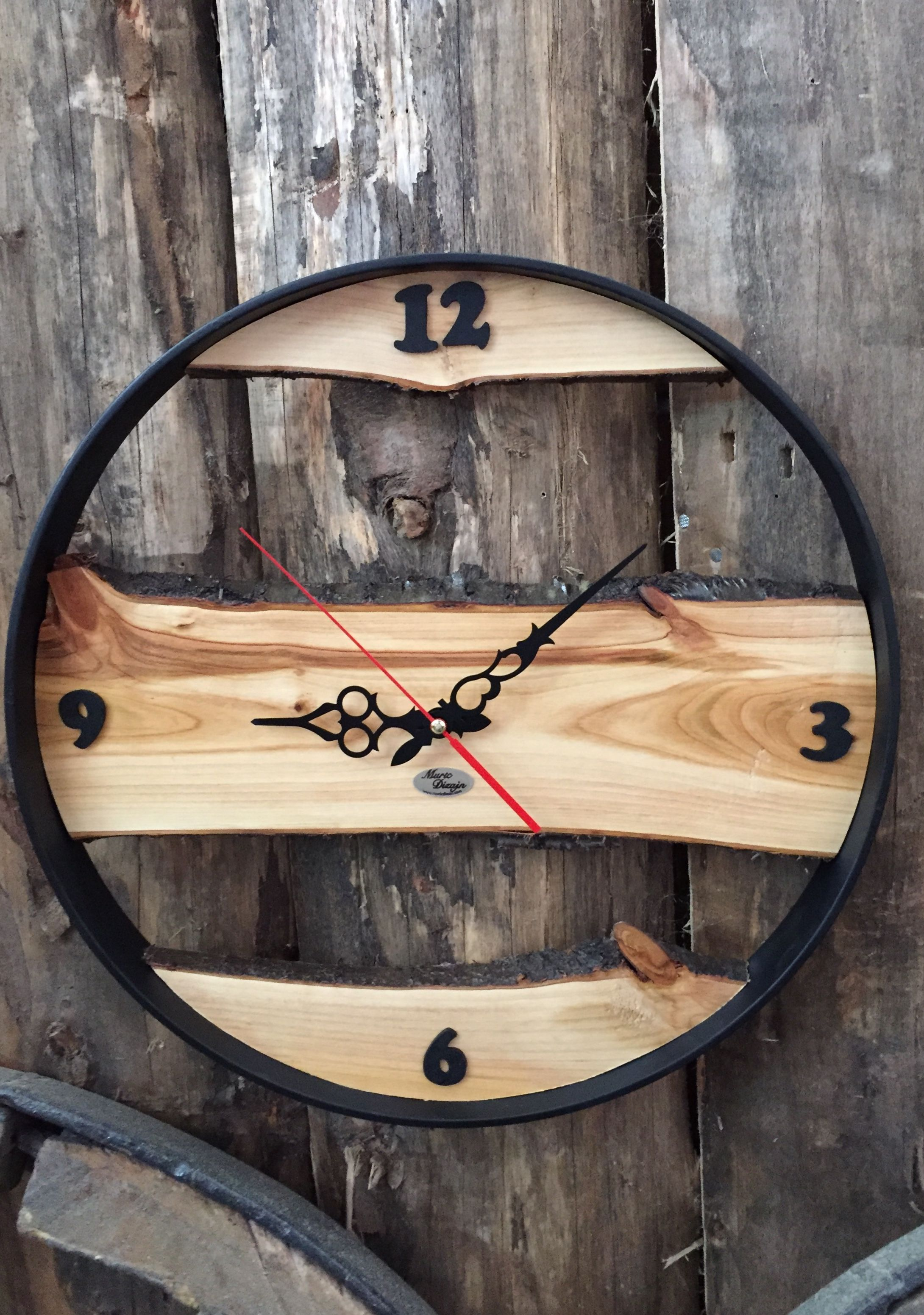 Beautiful Driftwood Dr In 2019 Wood Clocks Wooden