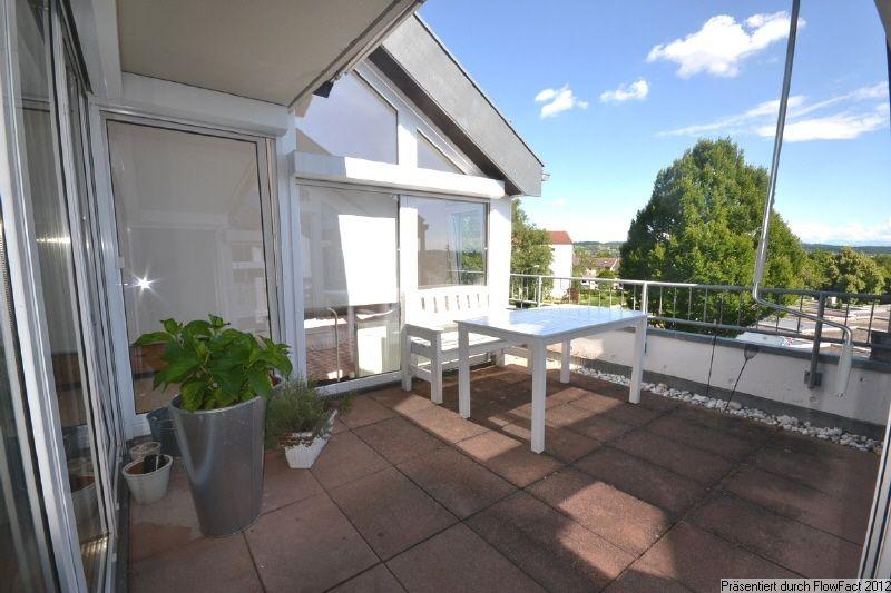 dach terrasse haus google suche dachterasse pinterest dachterrasse terrasse und balkon. Black Bedroom Furniture Sets. Home Design Ideas
