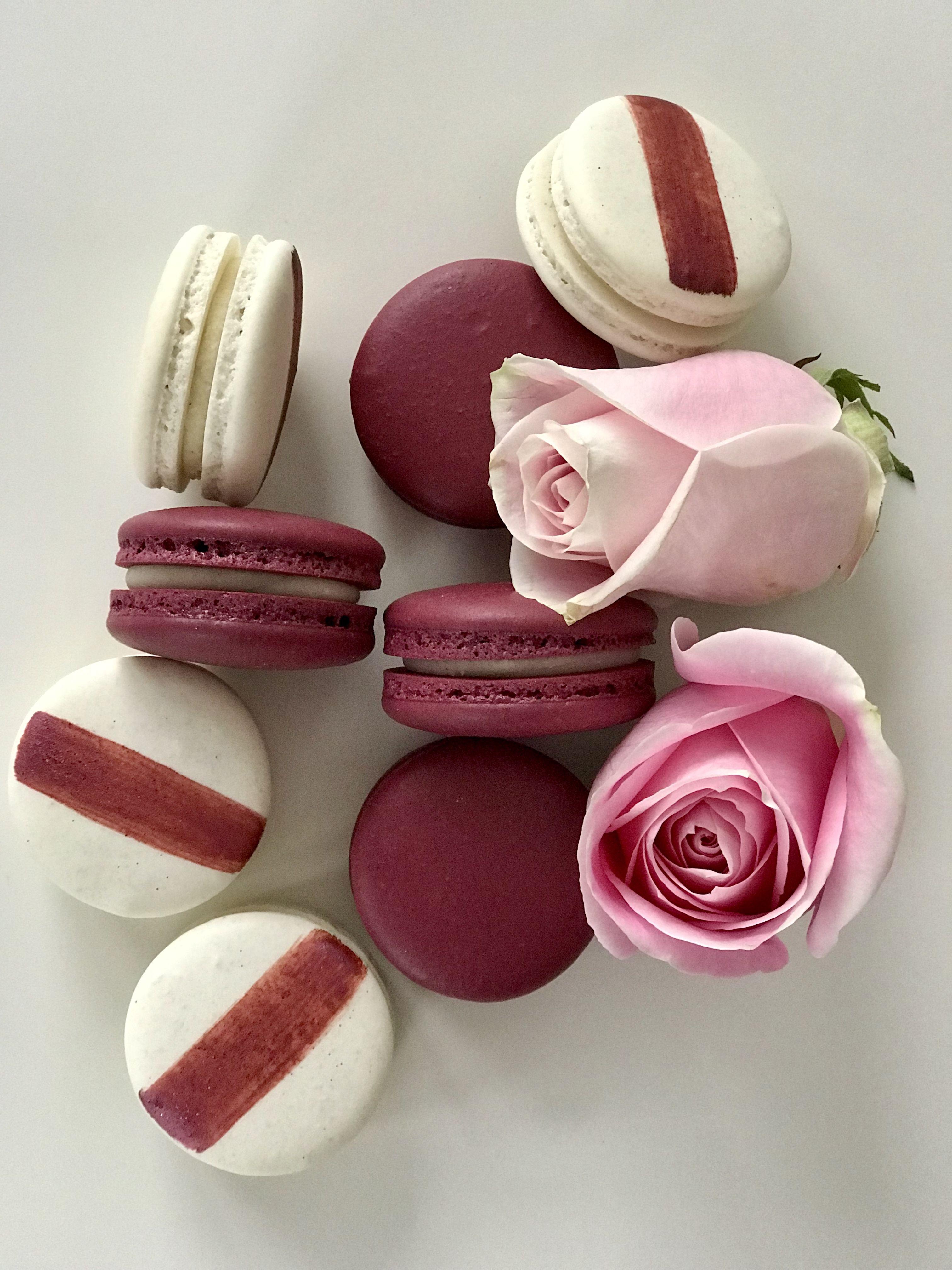 Burgundy Wine Macarons And Ivory Macarons With Burgundy Stripes Macarons Wedding Macarons French Macarons