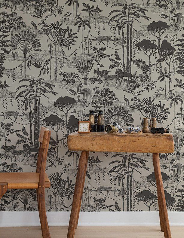 Jungle Dream Newsprint wallpaper by Aimée Wilder, Brooklyn