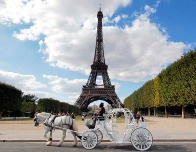Cinderella Horse And Carriage | Recent Photos The Commons Getty Collection Galleries World Map App ...