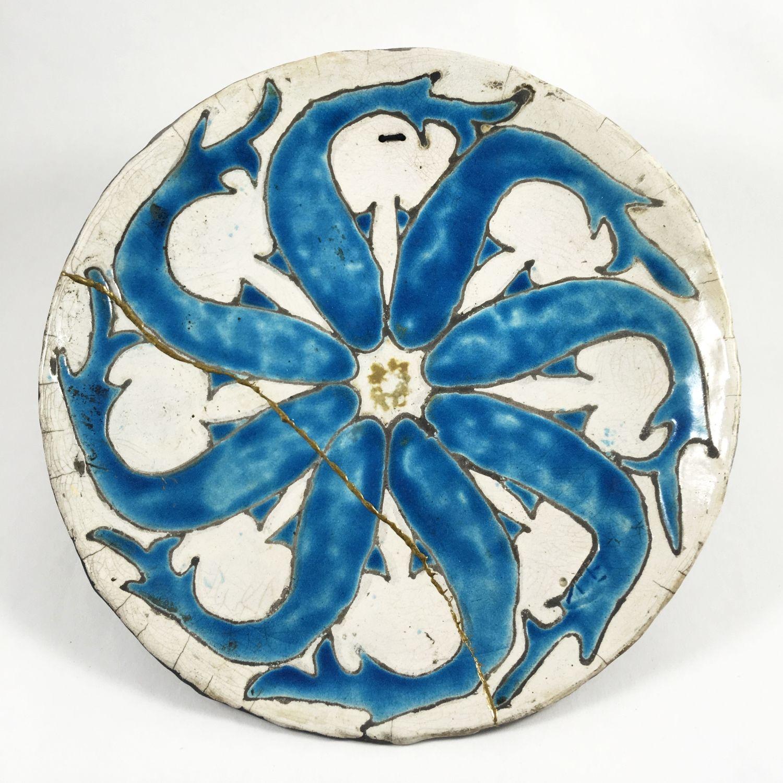 Come Appendere Piatti In Ceramica piatto ceramica raku decorativo,kintsugi,delfini,turchese