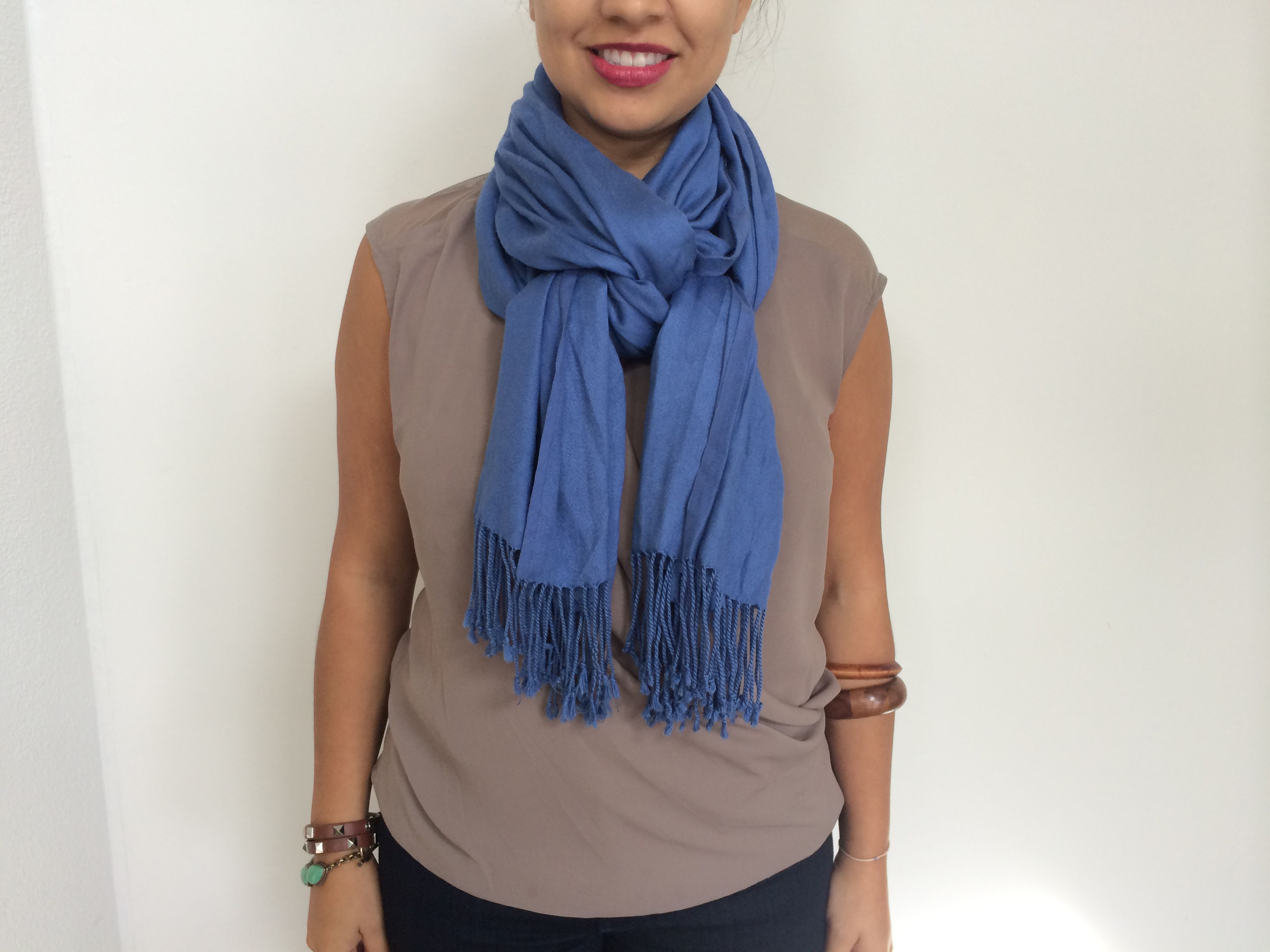 семья как завязывать шарф на шею женские фото молодая