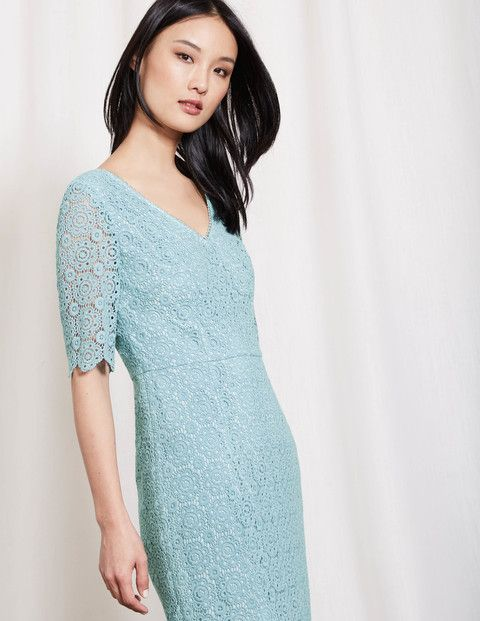 Ob Gartenparty oder Sommerhochzeit – dieses elegante Kleid wird Sie ...
