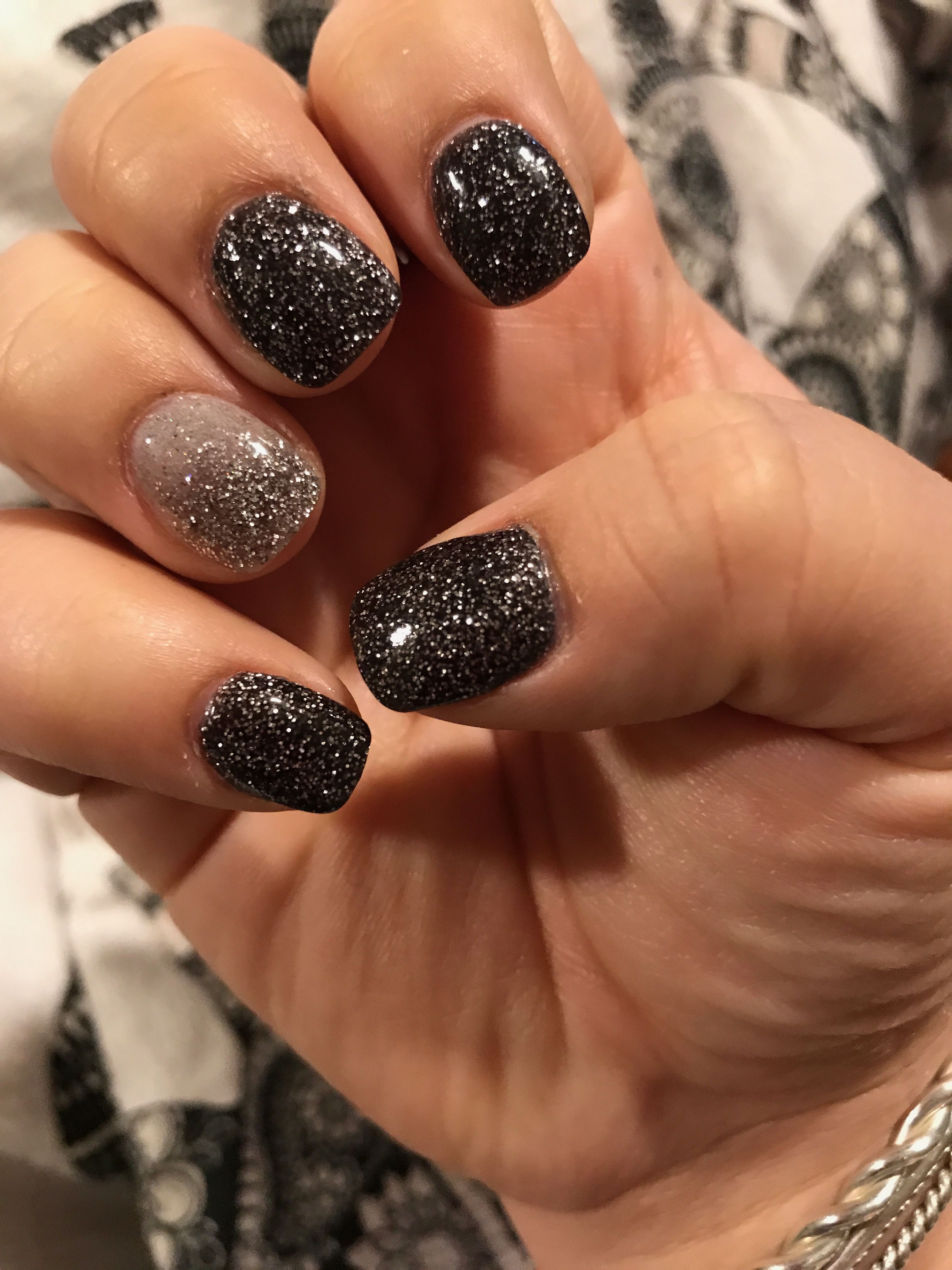 Black Silver Glitter Ombré New Year's Nails Gel