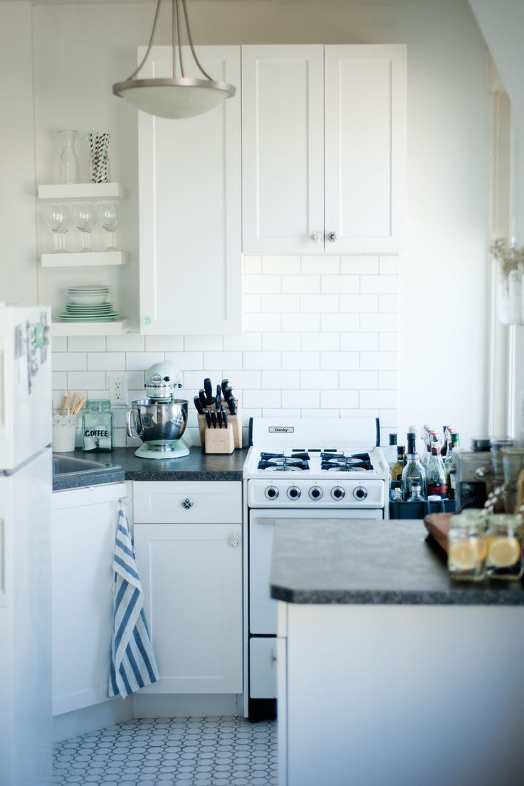 These 26 Small Kitchen Design Ideas Will Give You Major HomeInspo
