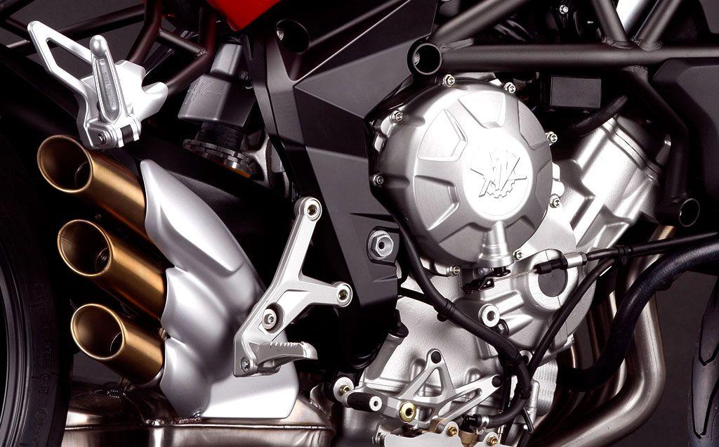 053112-2012-mv-agusta-brutale-675-engine