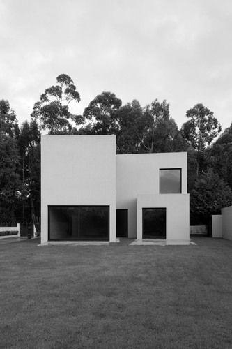 Casa em Vilar / Vila do Conde, Portugal / André Campos . Joana Mendes Arquitectos