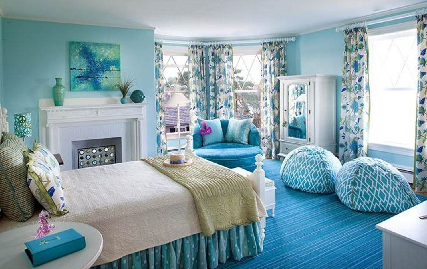 Comfy Chairs For Girls Fancy Blue Bedroom With A Pair Of Cute Bean Bag Chairs