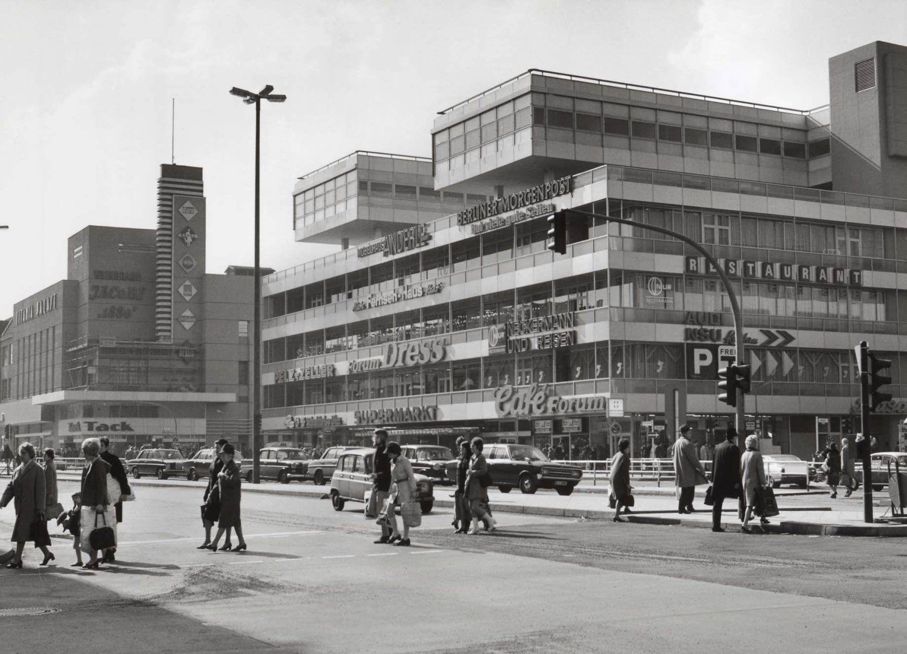 Forum Steglitz Anfang Der 70er Jahre Berlin Geschichte Berlin Tempelhof Leben In Berlin