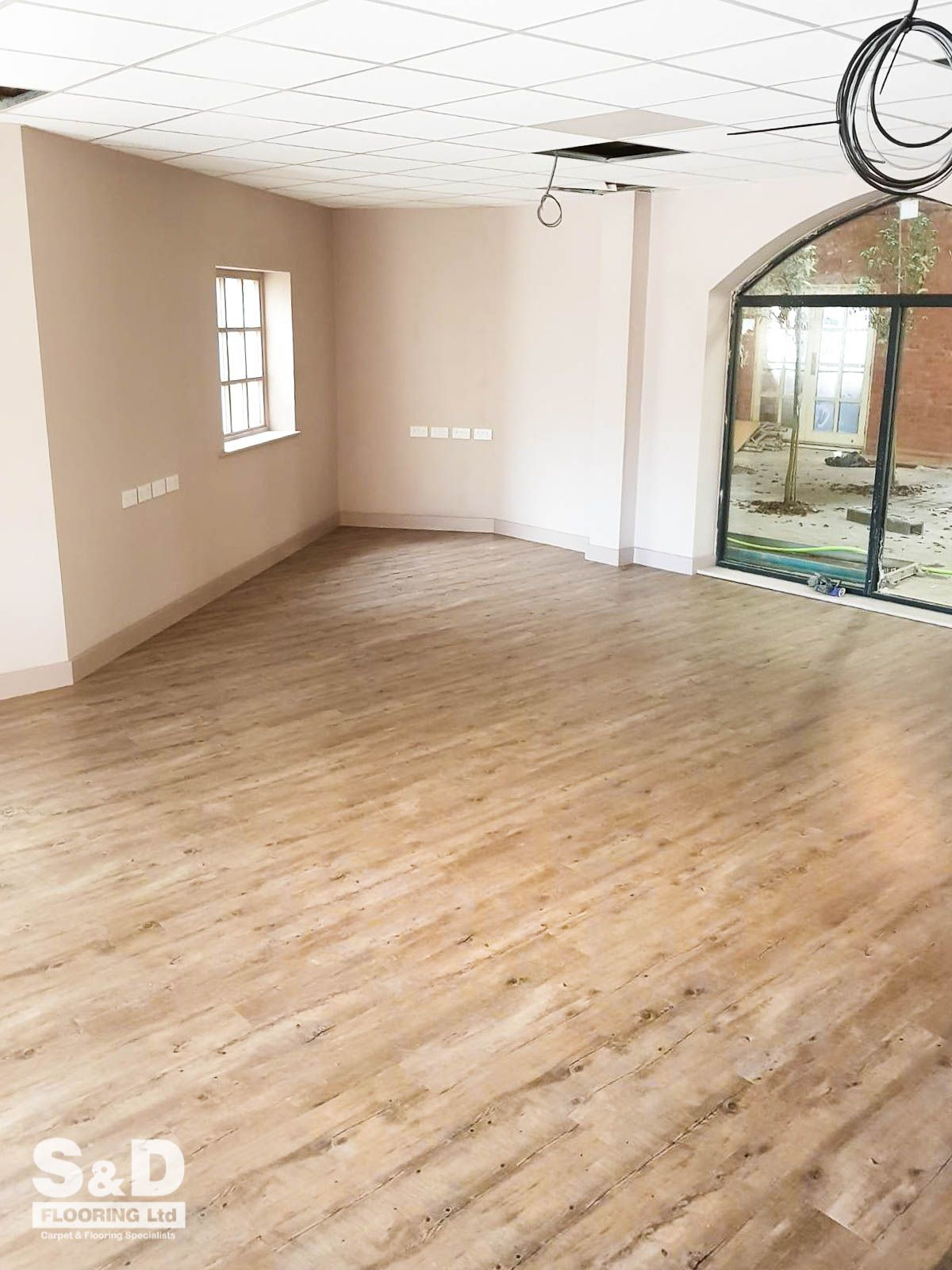 Luxury and authentic looking oak flooring without the