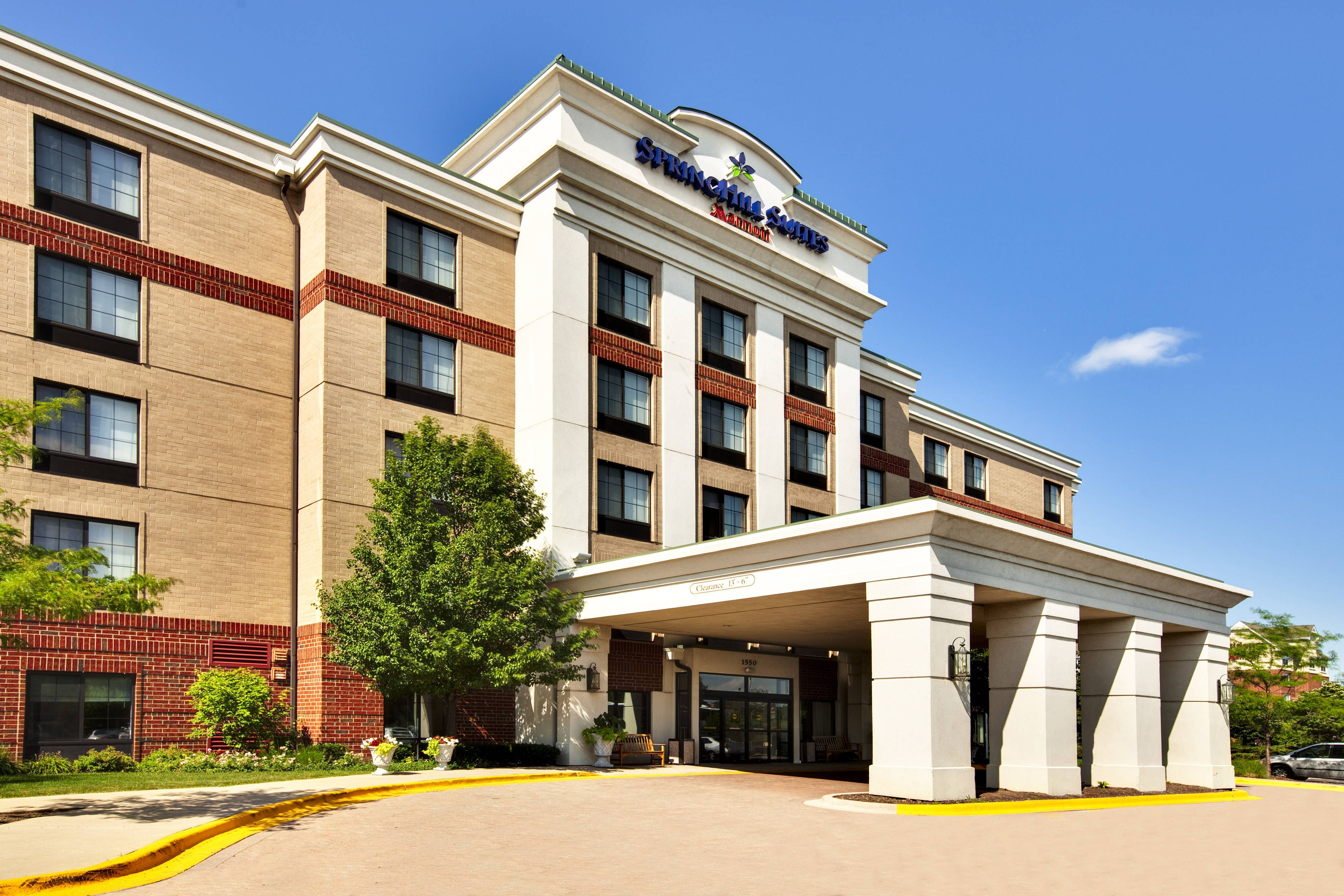 Springhill Suites Chicago Schaumburg Woodfield Mall Exterior