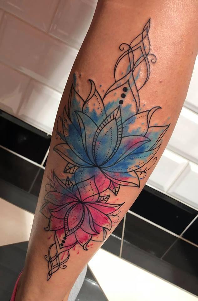 Photo of Tom Barker.tattoo_wien #tattoo #linework tattoo #lotusflower tattoo #watercolor …