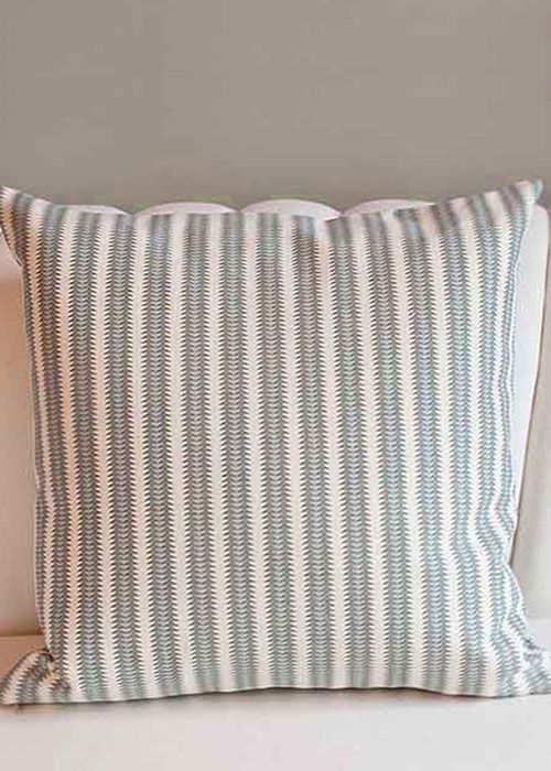 Aztec Arrow Pillow In Colorado Green On Cream Canvas Size 22 X