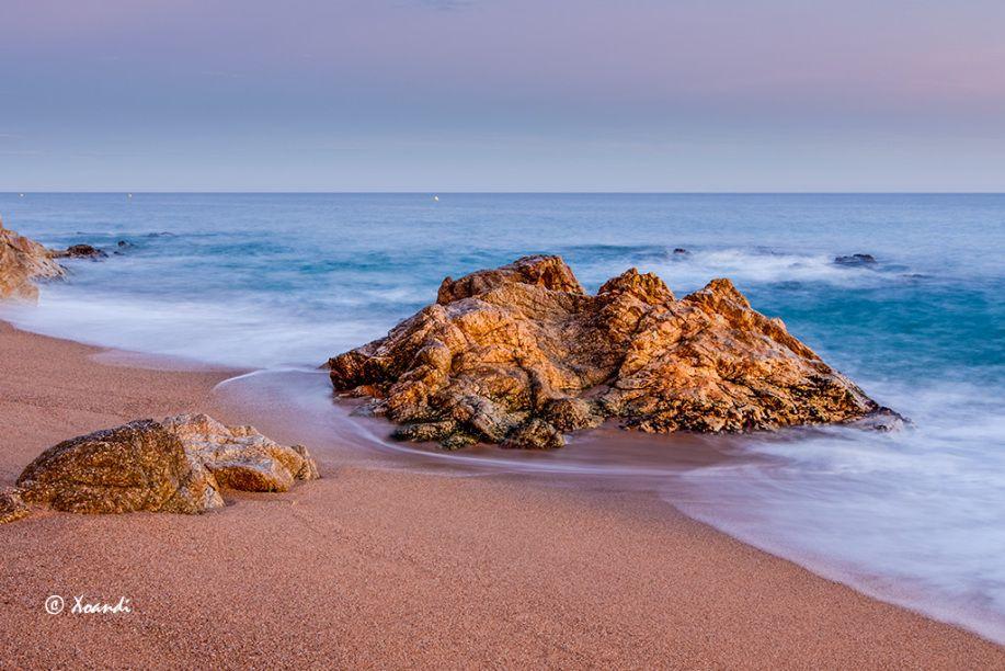 Playa rocas y mar   El Blog de Xoandi