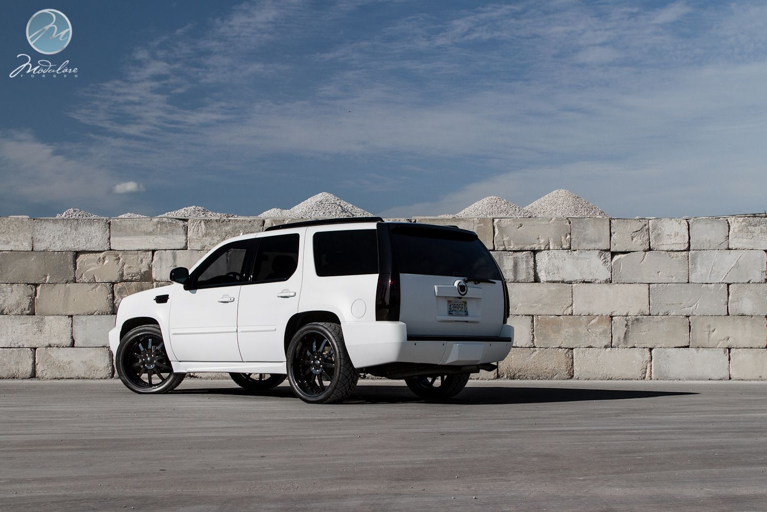 The Friendship Escalade Matte White With Black Everything Cars