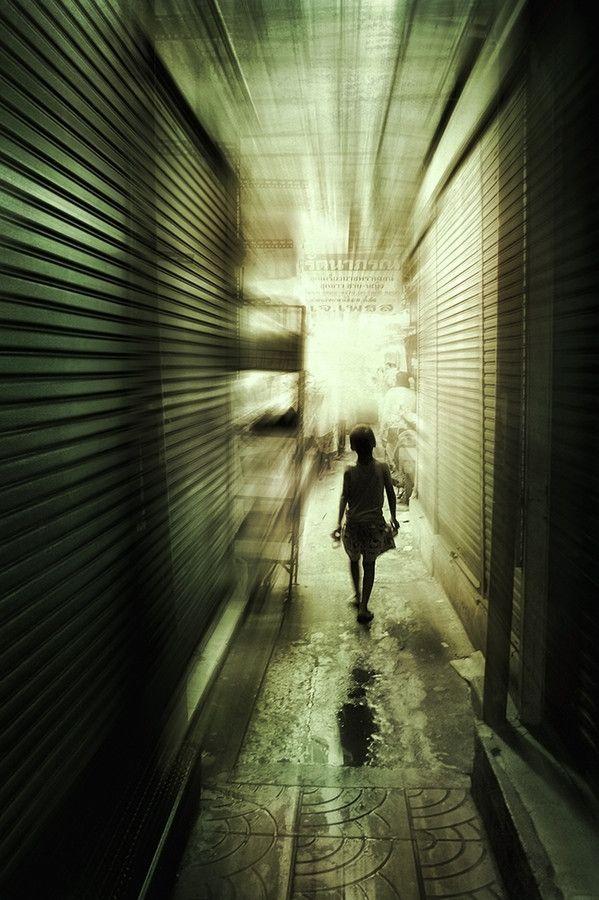 Alone by Anuchit Sundarakiti on 500px