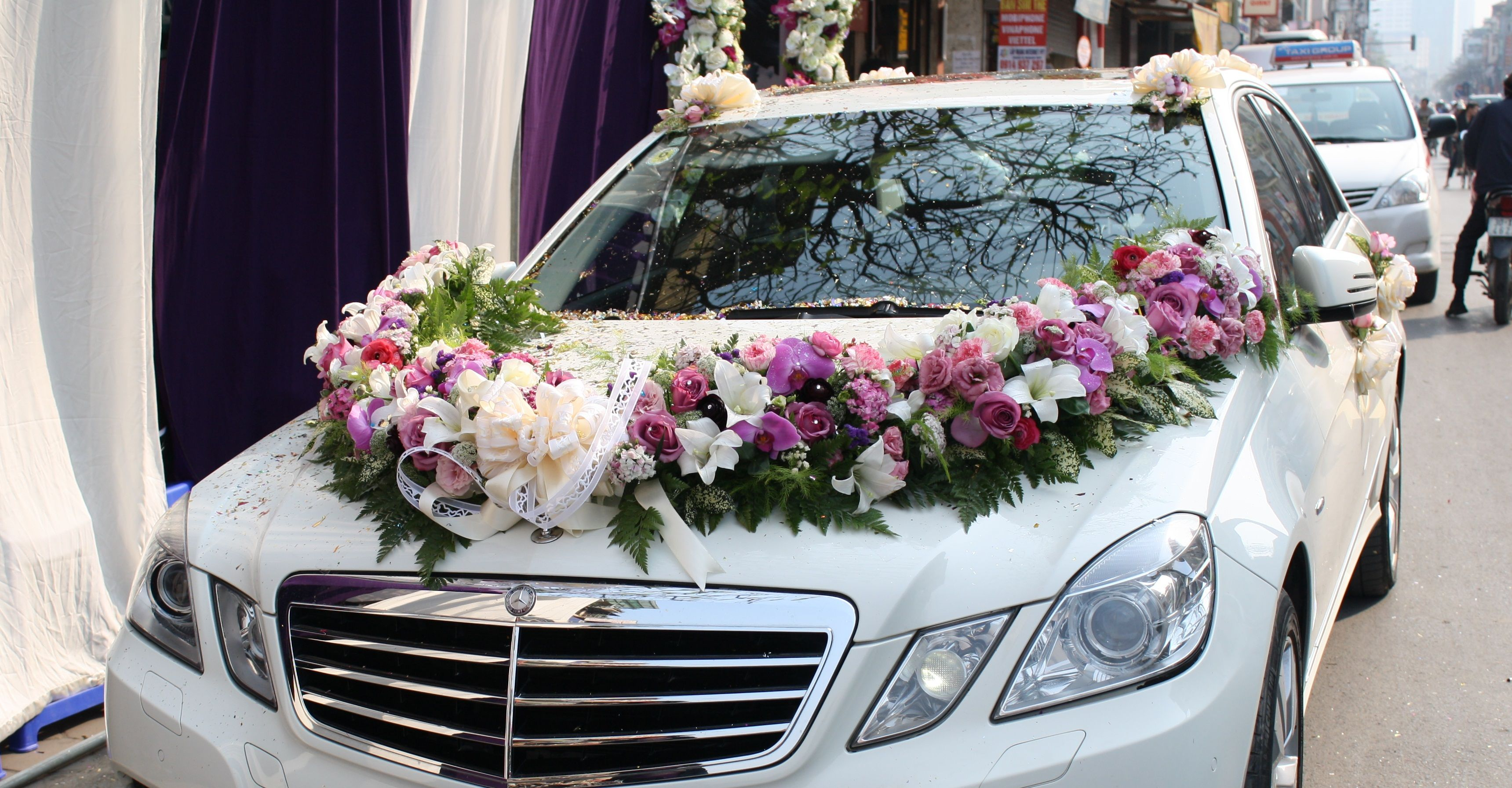 Wedding decorations for car  facebooktruyenthongt  Wedding Inspiration  Pinterest