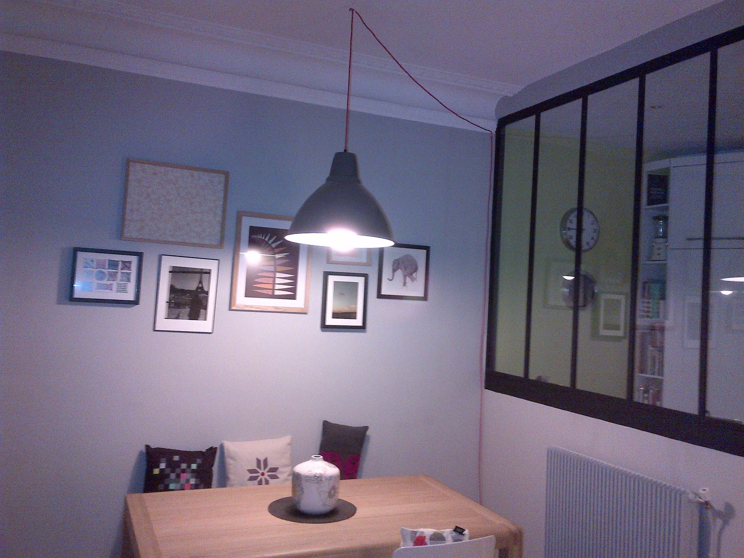 Suspension plafond sur prise électrique   Déco maison, Luminaire salon, Lumiere plafond
