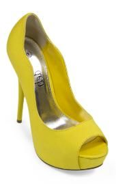 scalloped edge heels