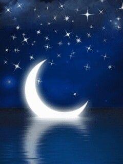 Luna en cuarto menguante, feliz en mar   Beautiful moon   Frases y ...