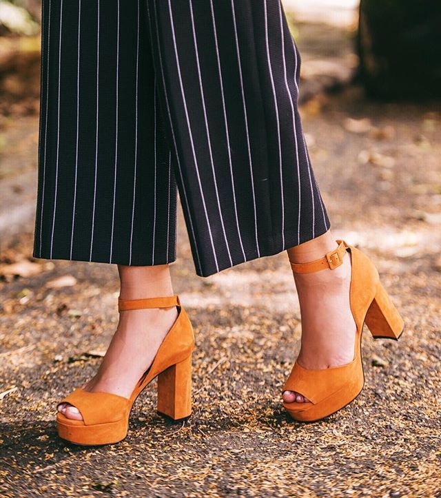 Camel LOVE!  @carranooficial Amei a sandália, linda demais ❤️ #ootd #ilovecarrano