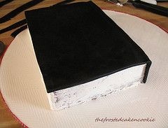 how to make a stacked book cake