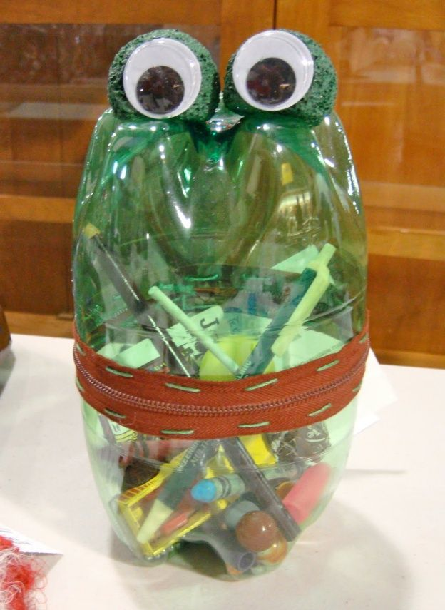 Estuche con botellas pl sticas paula pinterest for Usable things made from recycled materials