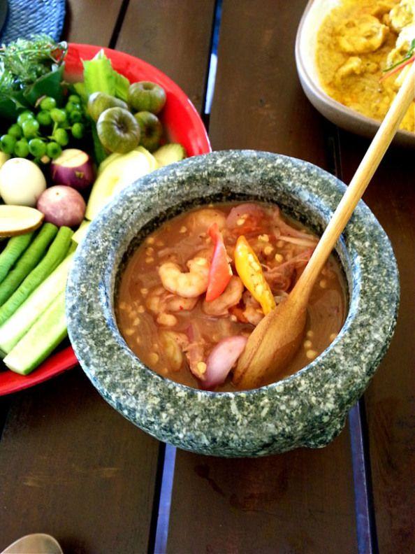Ruen Mai Restaurant In Krabi Food Presentation Thai
