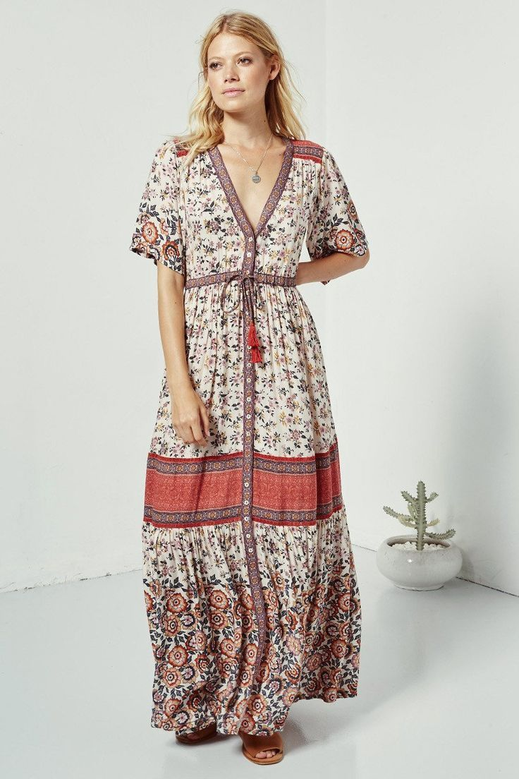 Spell Designs Elle Gown   MODE   Pinterest   Spell designs, Gowns ...