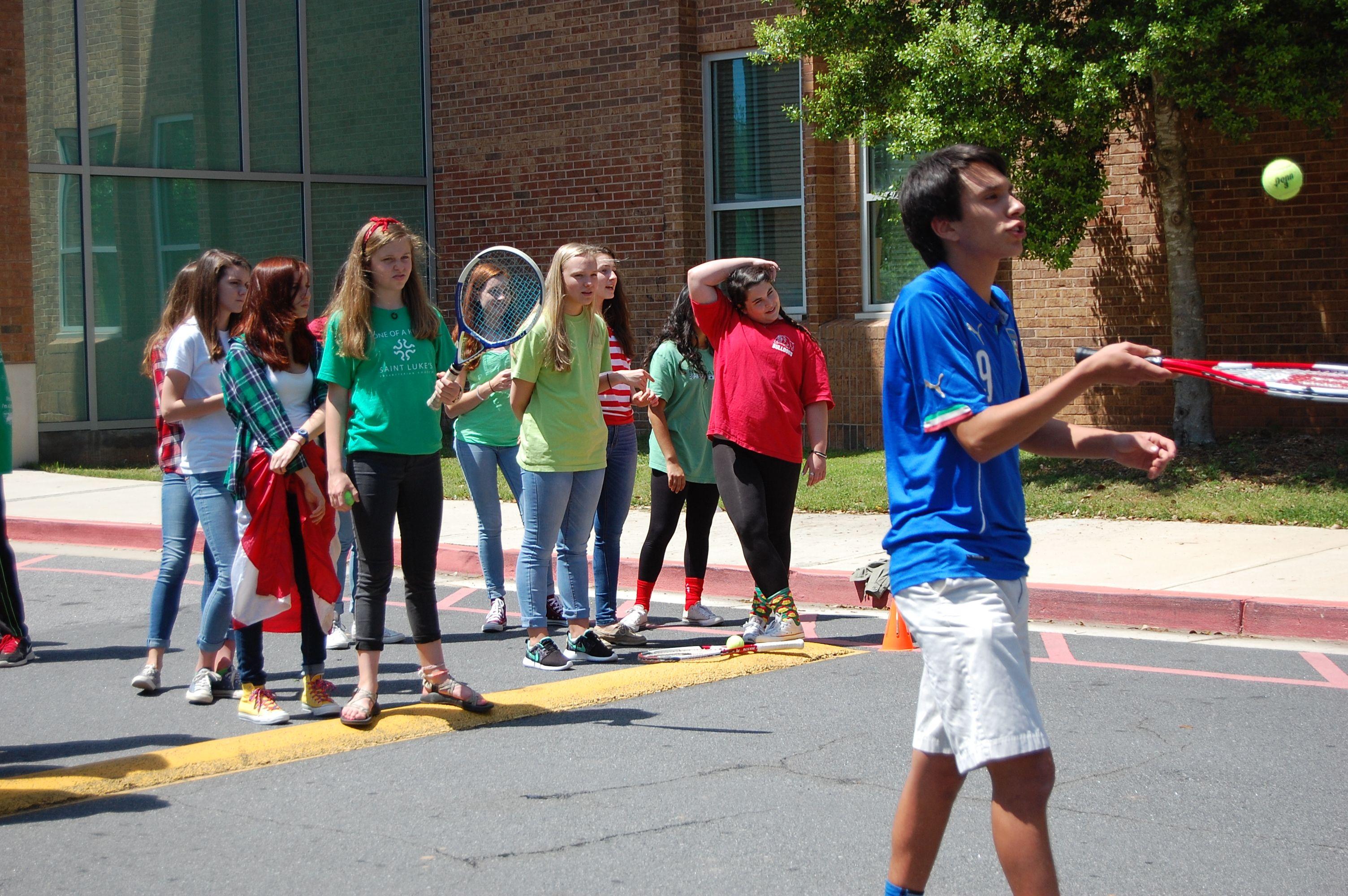 Los juegos fue un grande parte de la semana, ayudaron estudiantes aprender sobre otras culturas