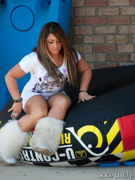 Jersey Shore Girls Upskirt