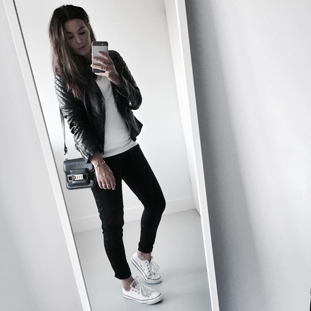 "Cindy van der Heyden på Instagram: ""Keeping things simple for a busy day #ootd"""