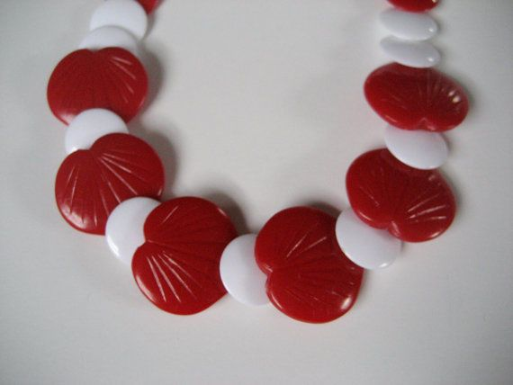 """Vintage red heart bead necklace with flat white round beads. Plastic. 18"""" #Unbranded #Choker"""