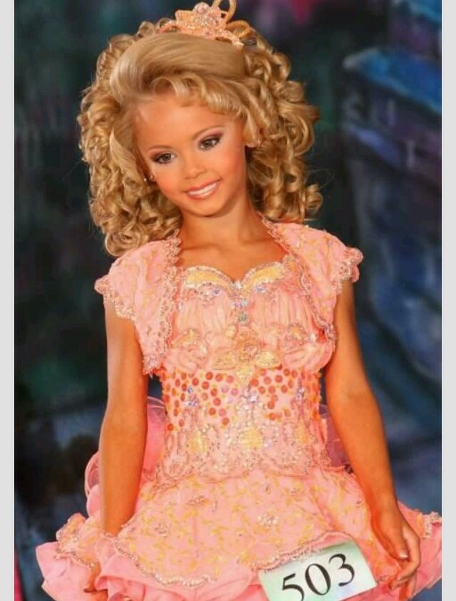 child beauty pageants essay introduction I got a b on this essay and i want to fix it up to get an a check if there are any mistakes, anything i should include, etc its on the topic of being against child beauty pageants.