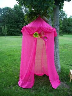 Hula Hoop fort!! Super fun summer activity for indoors and outdoors! Love this!