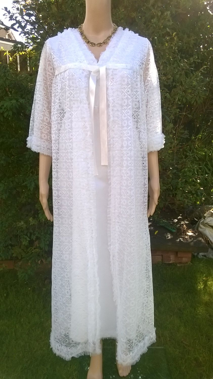 f79fe154777 Vintage Peignoir Set 1970 s Negligee White Nylon Nightdress and Frilly Lace…