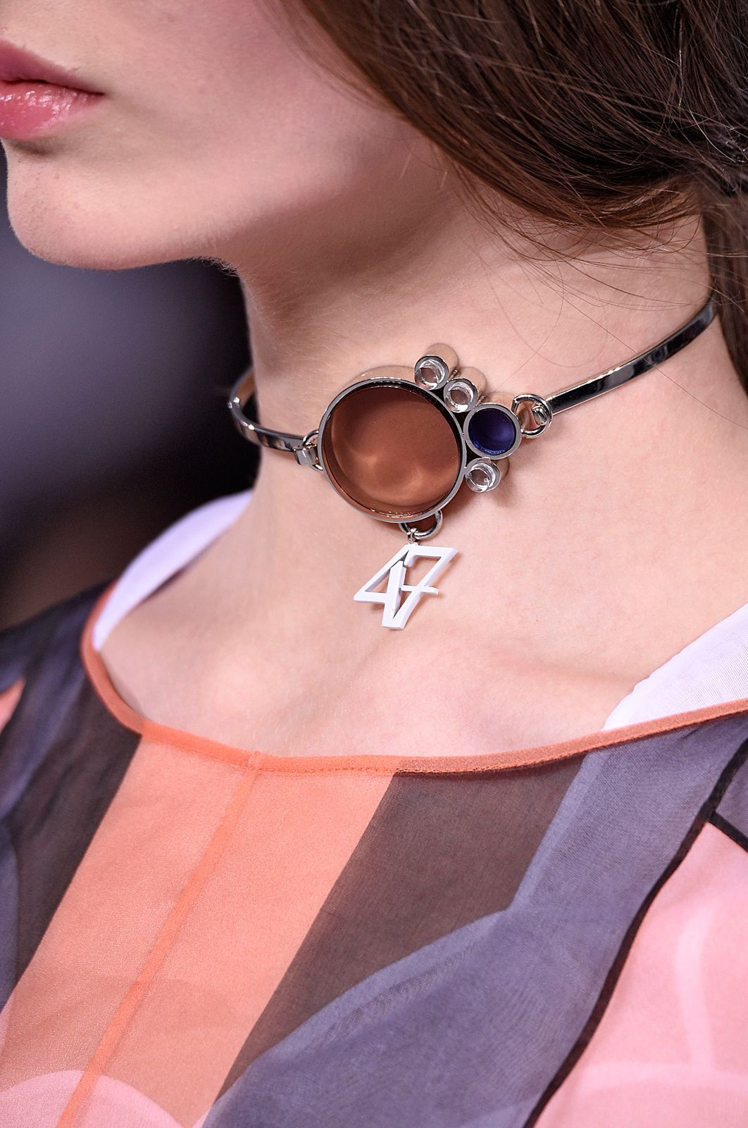 When The Choker & Neck Scarf Trends Collide | Collar Bones & Chokers ...