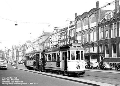 motorwagen 296 met ahr. 687 van lijn 6 op de Prinsegracht foto uit de collectie van Fred Koeleveld