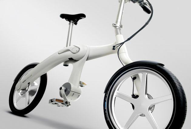 Footloose by Mando. World's First Chainless Folding Electric Bike.  http://www.treehugger.com/bikes/worlds-first-chainless-folding-electric-bicycle-mando-impossible-ignore.html