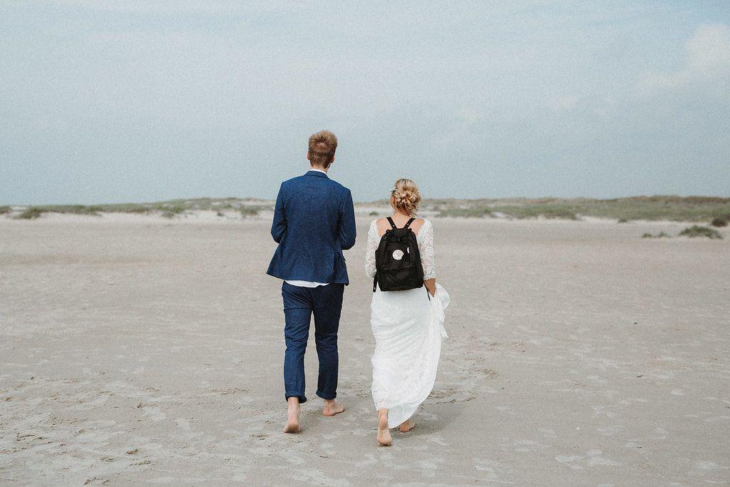 Strandhochzeit Von Alina Atzler Lieschen Heiratet Strandhochzeit Hochzeit Morgen Heiraten Am Strand