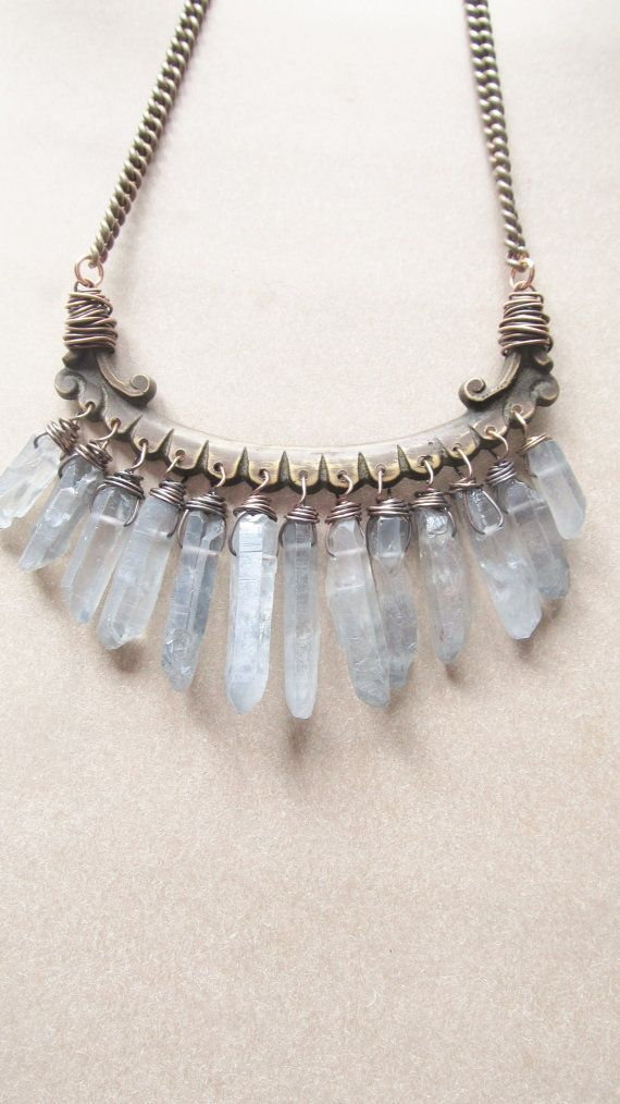 raw quartz bib necklace wire wrap crystal points rustic. Black Bedroom Furniture Sets. Home Design Ideas