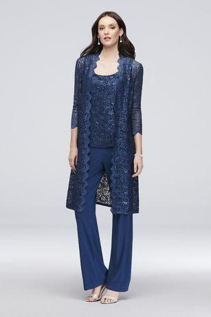 7267ce309d Priyanka Chopra Blake Lively kedvenc összeállítását viselte az utcán ekkor:  2019 | Nadrágkosztüm | Lace jacket, Groom dress és Chiffon pants