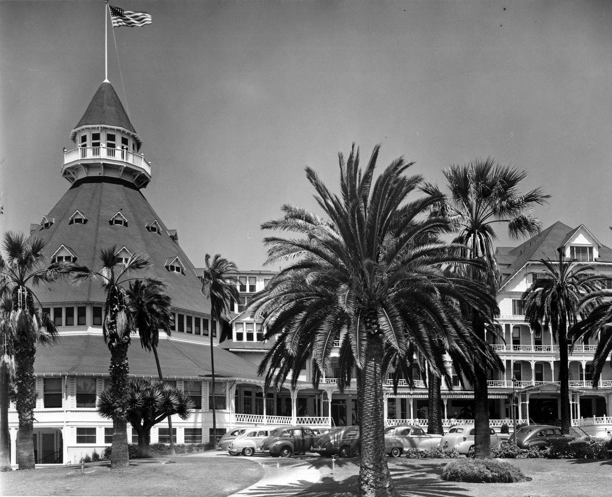Vintage Hotel Del Coronado In 2018