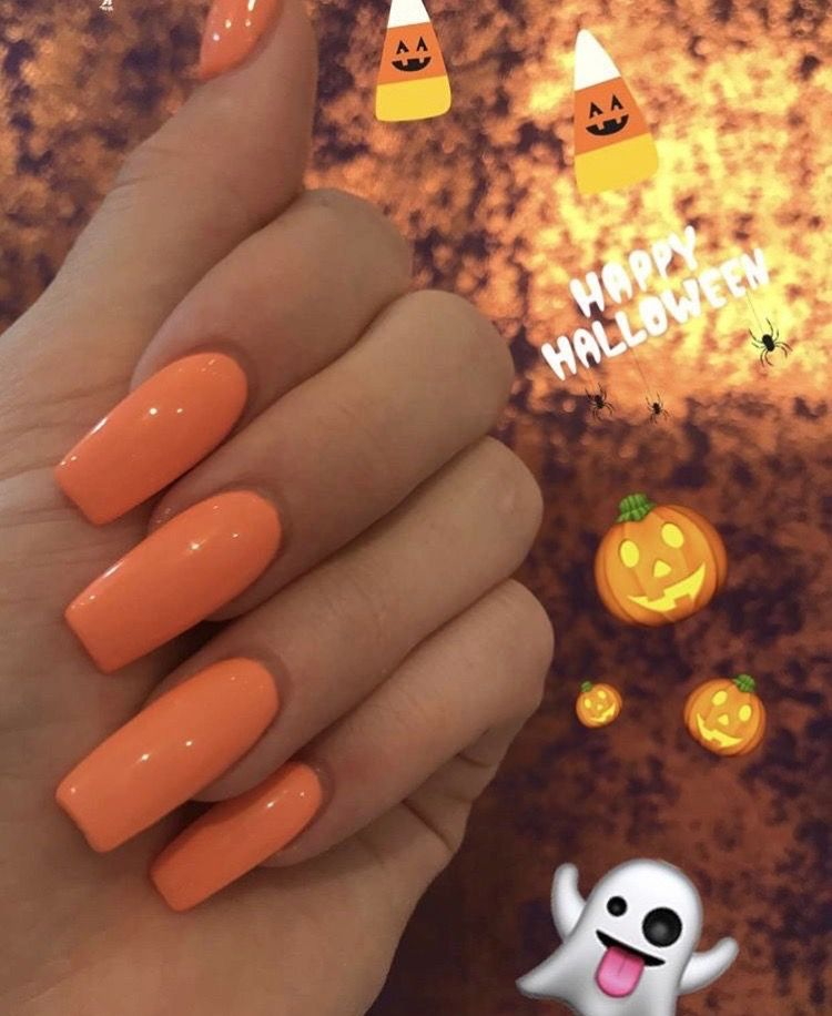 Pin by Ari on The Claws | Halloween nail designs ...